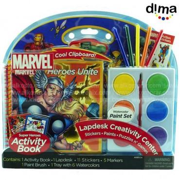 Escritorio de Trabajo con Acuarelas Marvel